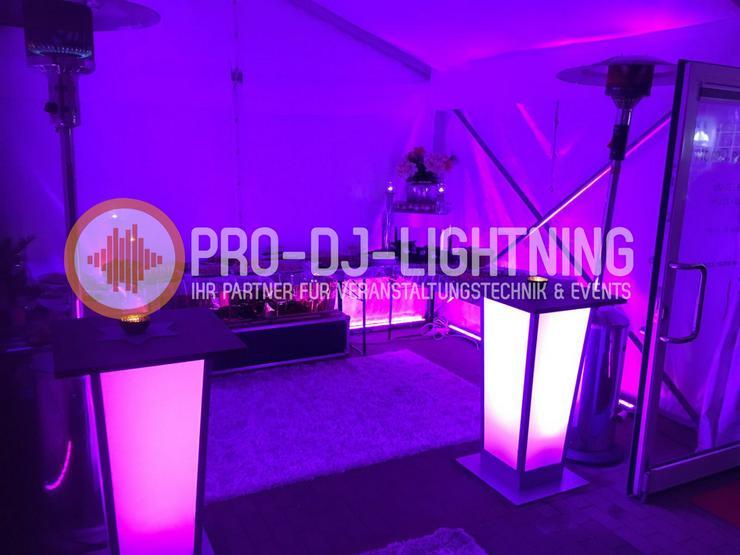 beleuchtete LED Stehtische für Ihr Event mieten