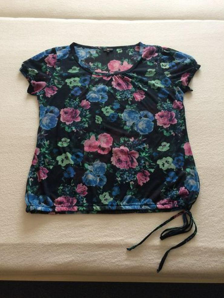 T-Shirt Gr. 42, neuwertig