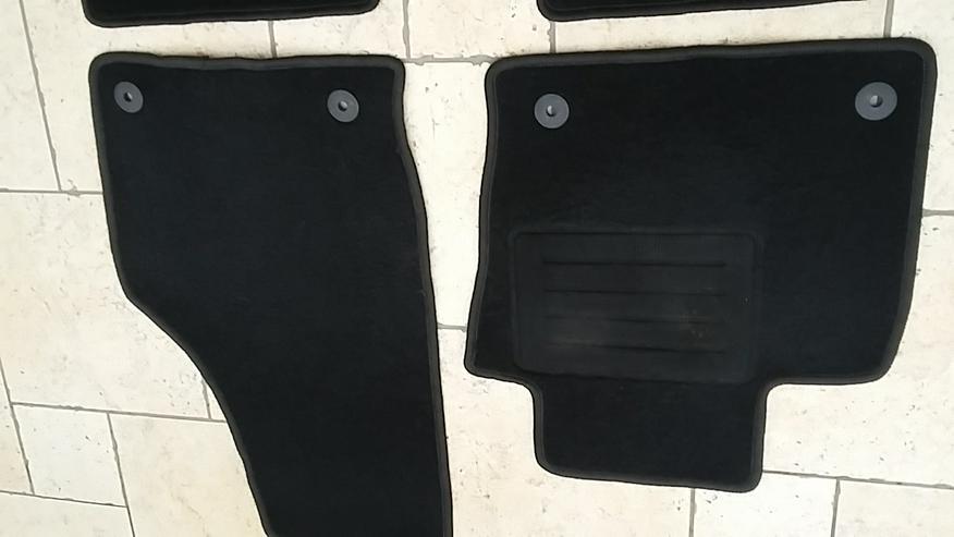 Bild 2: AUDI Q3-Fußmatten für Bj.2011-2018