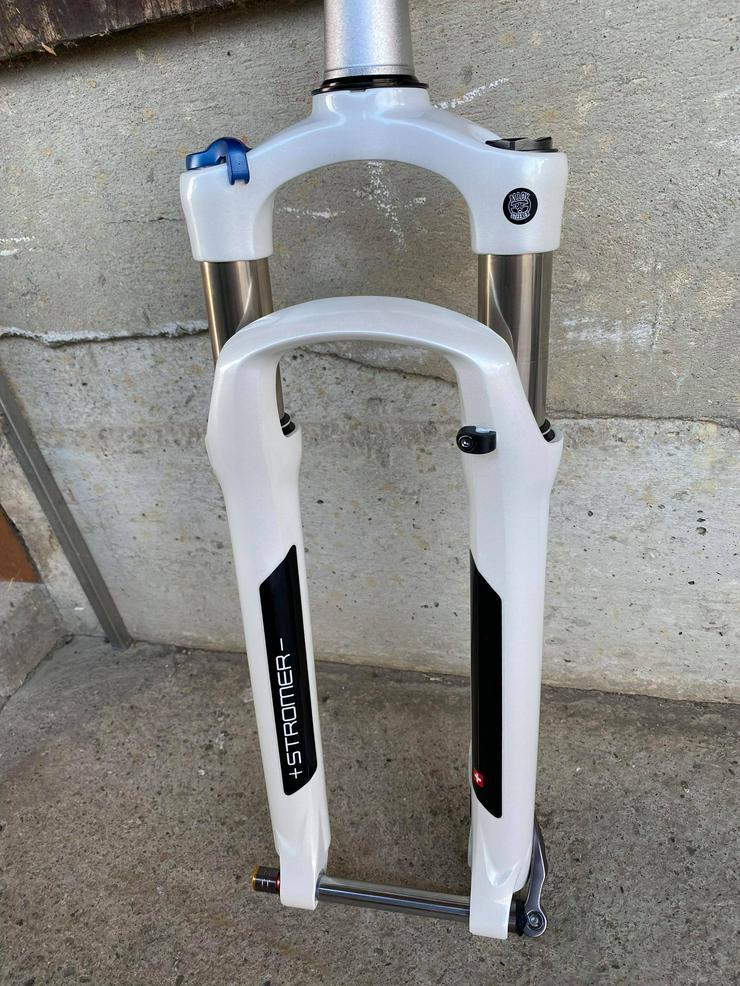 Bild 5: Neue Federgabel für Stromer ST2 und ST1 mit Zubehör schwarz oder weiss