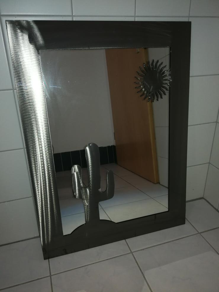 Spiegel Metall mit Metallrahmen Kaktus Sonne 80x60 cm