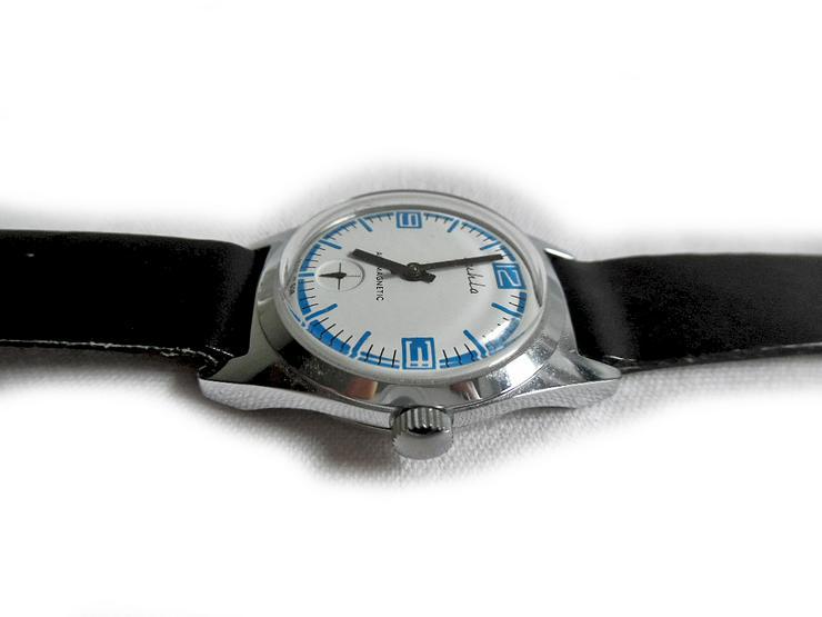 Bild 3: Elegante Armbanduhr von Ruhla