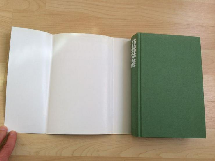 Bild 3: Buch Gorillas im Nebel v. Dian Fossey