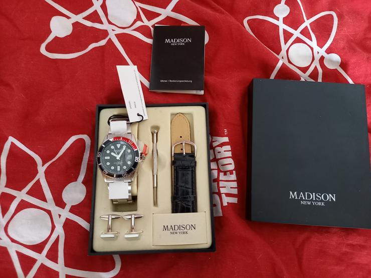 Madison New York  Uhr zu verkaufen