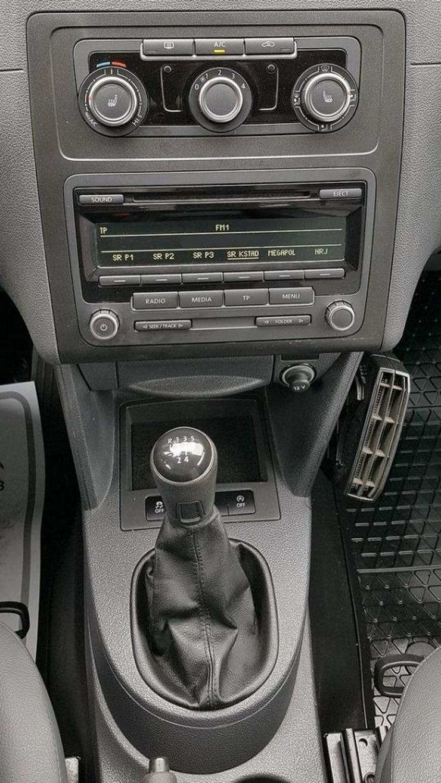 Bild 4: 2013 Volkswagen Caddy 1.6 TDI Edition 30