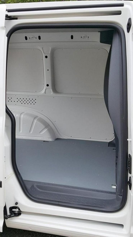 Bild 2: 2013 Volkswagen Caddy 1.6 TDI Edition 30