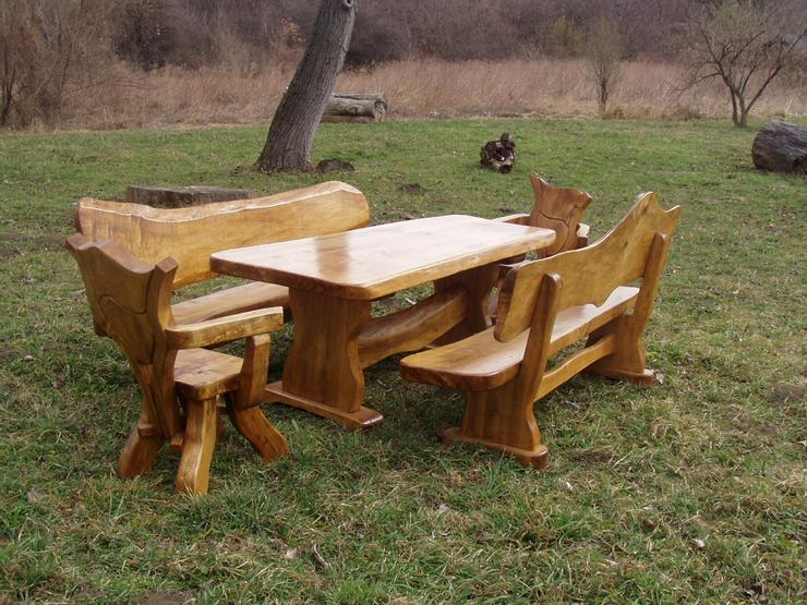 Bild 3: Rustikale Holzgarnitur, wunderschön