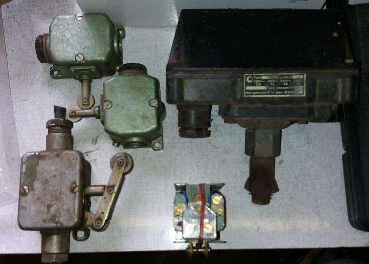 Endschalter Druckschalter Zugschalter DDR Konvolut