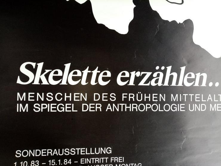 Bild 4: Ausstellungs Plakat 1983 Münster Medizin  Skulls