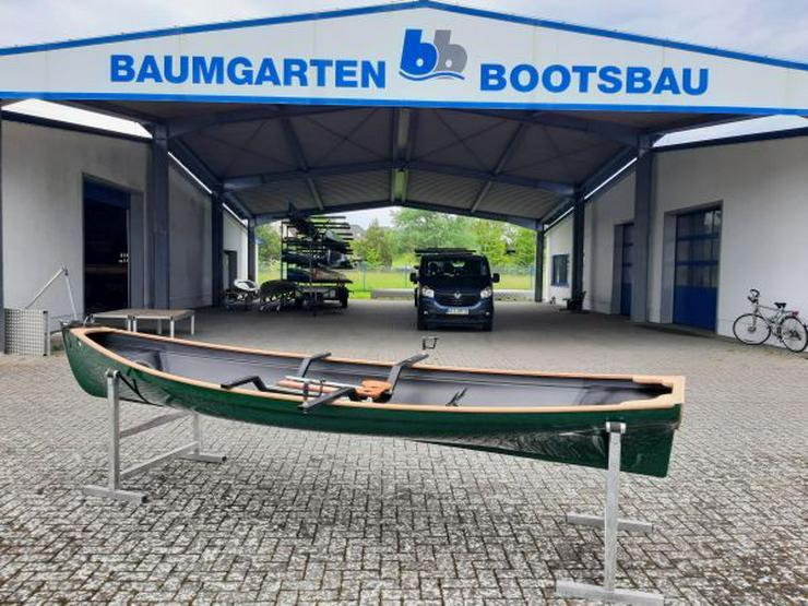 Bild 2: Traditional Trainer Einer Ruderboot mit Rollsitzen