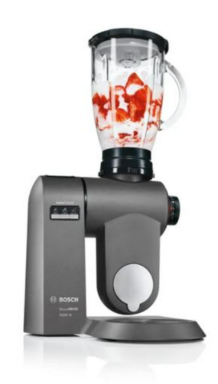 Bild 4: Küchenmaschine Bosch MUMX mit viel Zubehör