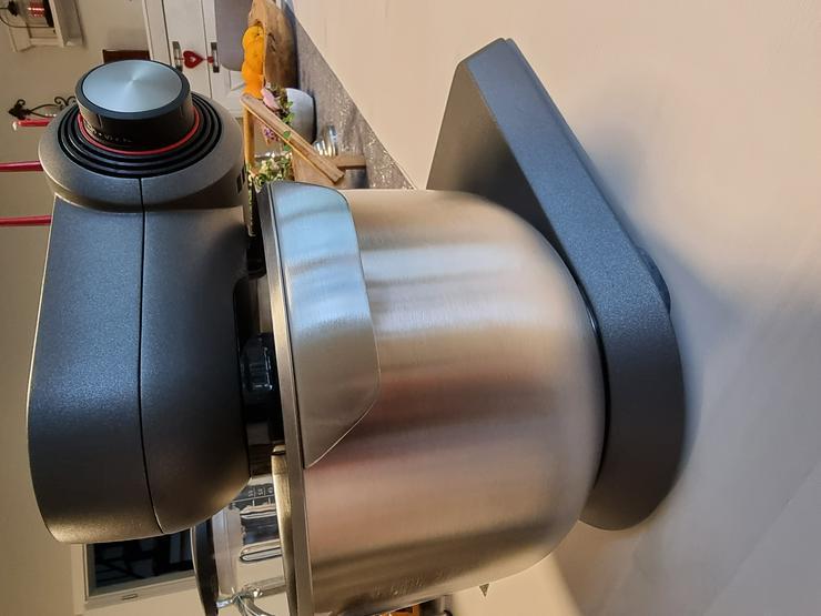 Bild 9: Küchenmaschine Bosch MUMX mit viel Zubehör