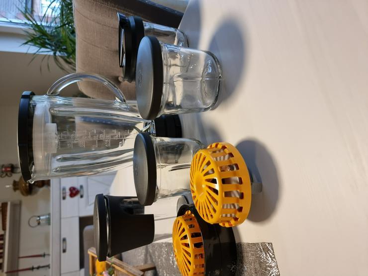 Bild 17: Küchenmaschine Bosch MUMX mit viel Zubehör