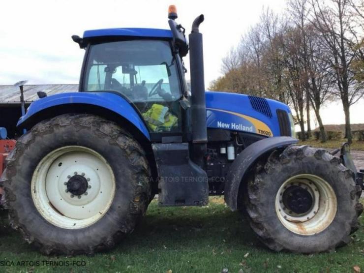 New Holland T8020 - Traktoren & Schlepper - Bild 1