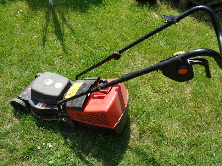 Leichter kleiner Rasenmäher E-32 Agro Line Funktioniert