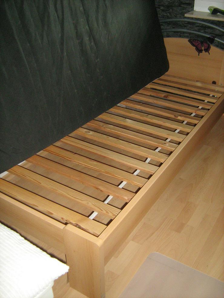 Bett 1 x 2m, komplett m. Rost und Matratze