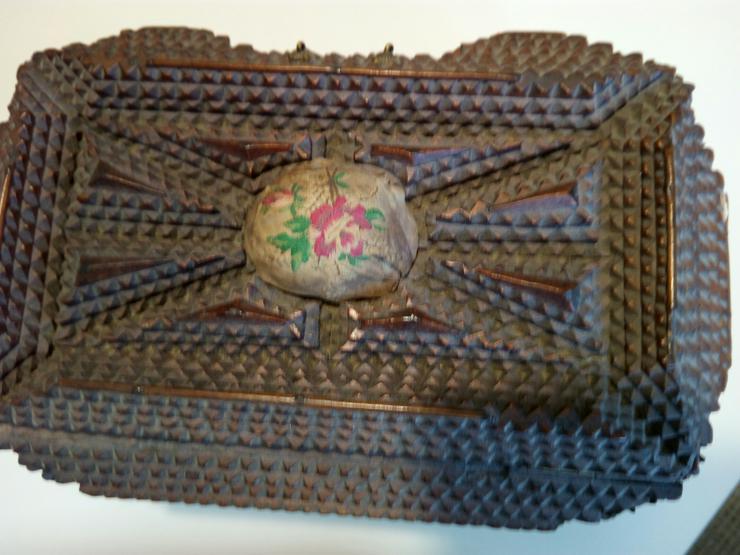 Kästchen antike 19 j.H. 60 €