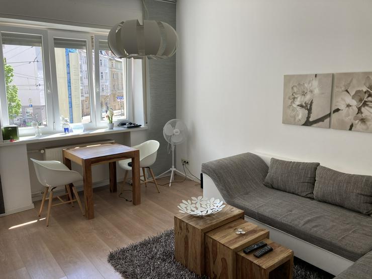 Stilvolle, sanierte 2-Zimmer Wohnung im Stuttgarter Westen (komplett möbliert)