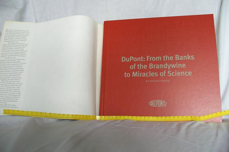 Bild 2: Geschichte der Firma Dupont / History of the Company Dupont
