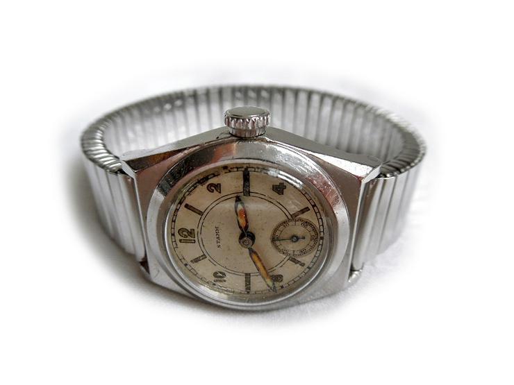 Bild 2: Alte Armbanduhr von Stamm