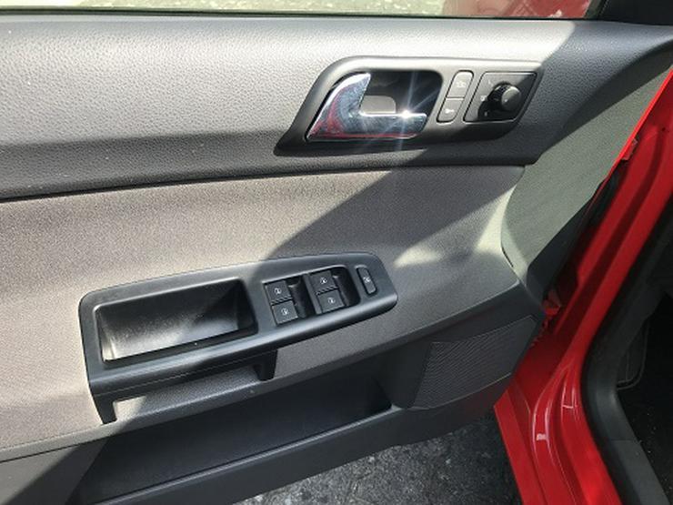 Bild 6: VW Polo United Klima, PDC, ...