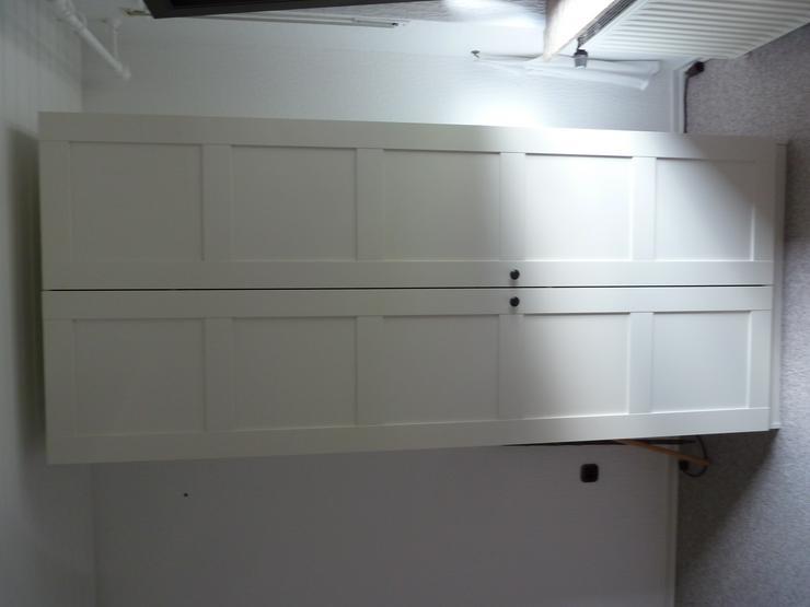 Kleiderschrank in weiß,  120,00 E