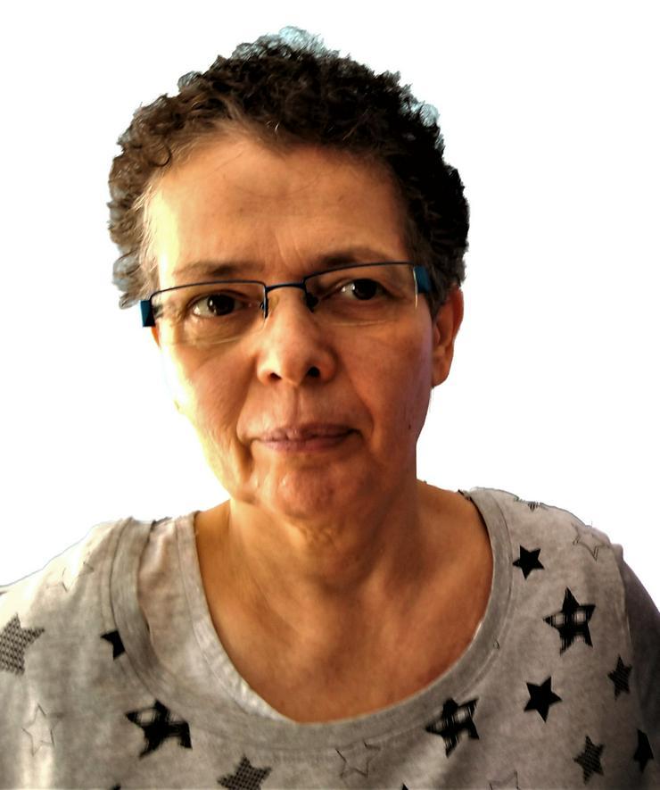 Single, 55 sucht Zweizimmerwohnung in Neuss