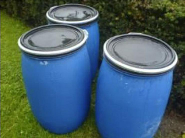 Suche gebrauchte 120 l Kunststofffässer