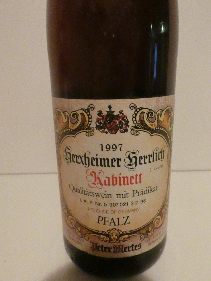 Bild 3: Weinflasche Herxheimer Herrlich Kabinett
