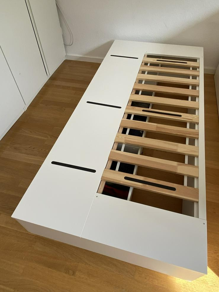 Komplett Bett: IKEA NORDLI Bettgestell mit Schubladen + HYLLESTAD Matratze (90x200). Sehr guter Zustand