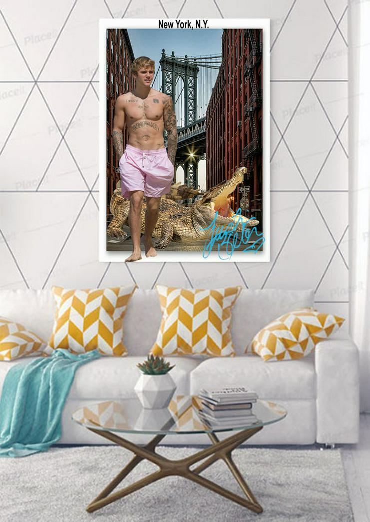 JUSTIN BIEBER mit Krokodil in New York. Star Souvenir, Geschenkidee, Rarität, Super Deko. BRANDNEU! - Poster, Drucke & Fotos - Bild 1