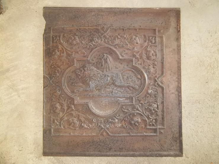 Antike gußeiserne Ofenplatte
