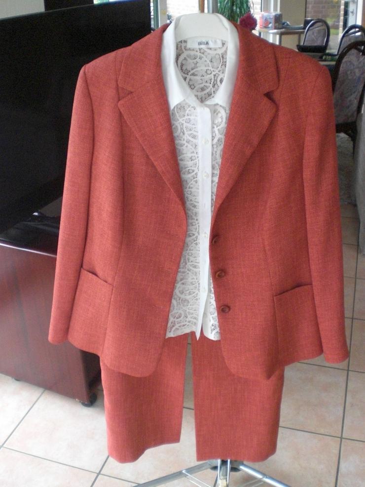 Damenkostüm Gr. 42, neuwertig und Bluse