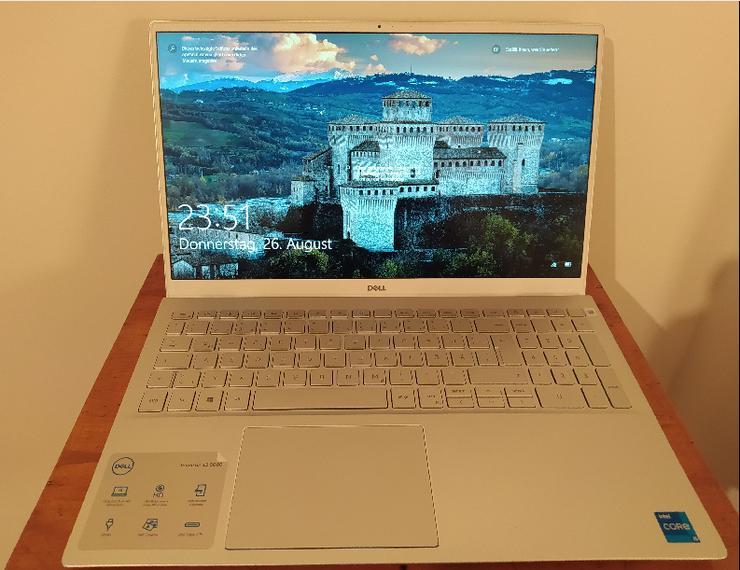 Dell Inspiron 15 5502, neu, Intel Core i5-1135G7, 256 SSD