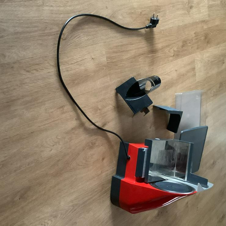 Bild 4: Multifunktionale Brotschneidemaschine