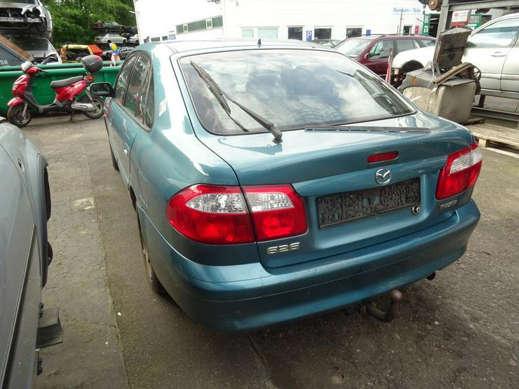 Bild 6: Schlachtfest Mazda 626 210071