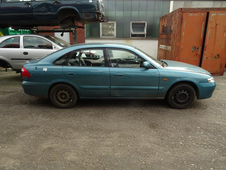 Bild 3: Schlachtfest Mazda 626 210071