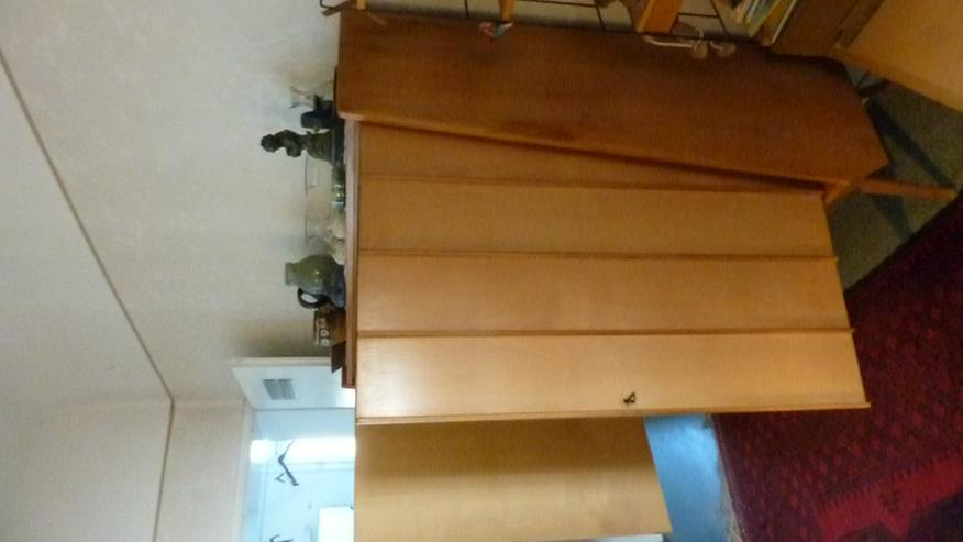 Bild 3: Set: Geschirrschrank und Sideboard, Kirschbaum mit Ahornfronten