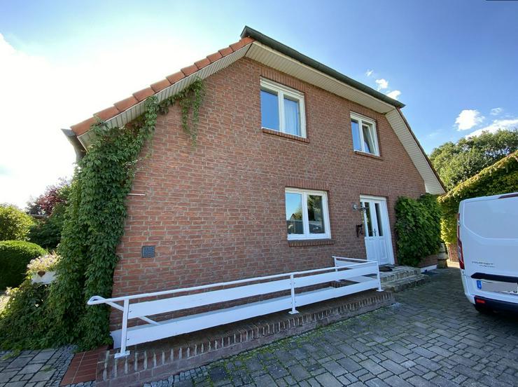 Bild 3: Massives Wohnhaus mit Doppelgarage, Vollkeller und kreativem Prachtgarten im Rundlingsdorf Gollau/Wendland