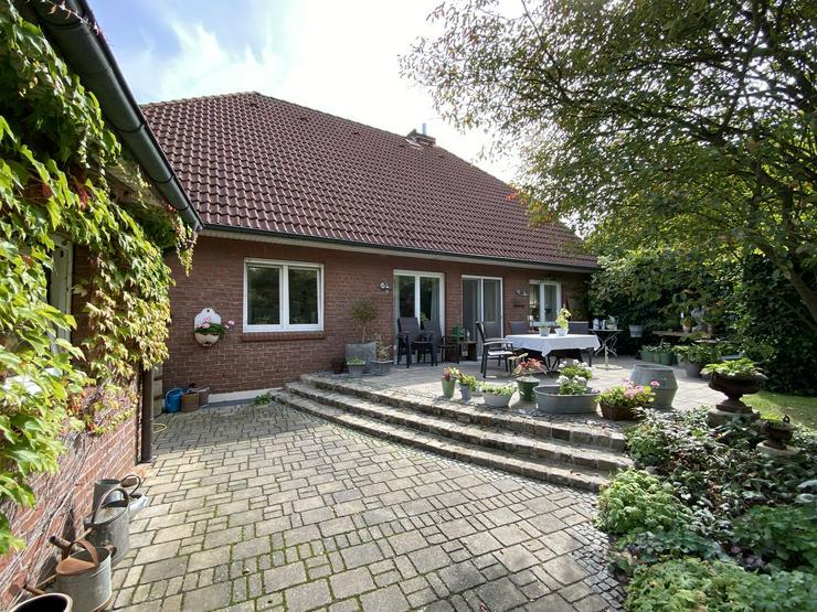 Bild 6: Massives Wohnhaus mit Doppelgarage, Vollkeller und kreativem Prachtgarten im Rundlingsdorf Gollau/Wendland