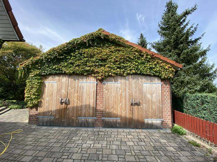 Bild 4: Massives Wohnhaus mit Doppelgarage, Vollkeller und kreativem Prachtgarten im Rundlingsdorf Gollau/Wendland