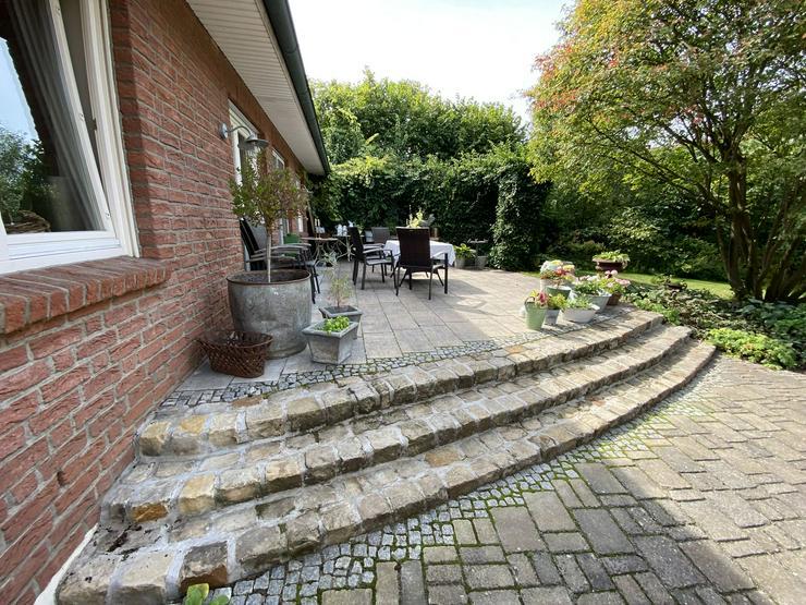 Bild 5: Massives Wohnhaus mit Doppelgarage, Vollkeller und kreativem Prachtgarten im Rundlingsdorf Gollau/Wendland