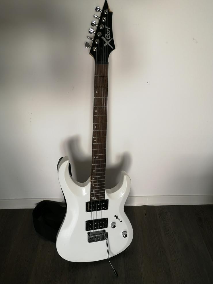 E-Gitarre X-Cort, weiß