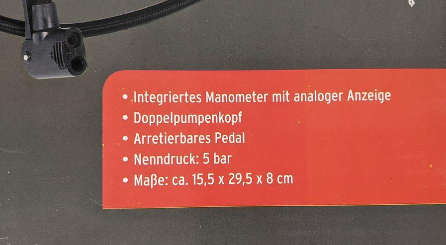 Bild 3: Fußpumpe mit integriertem Manometer