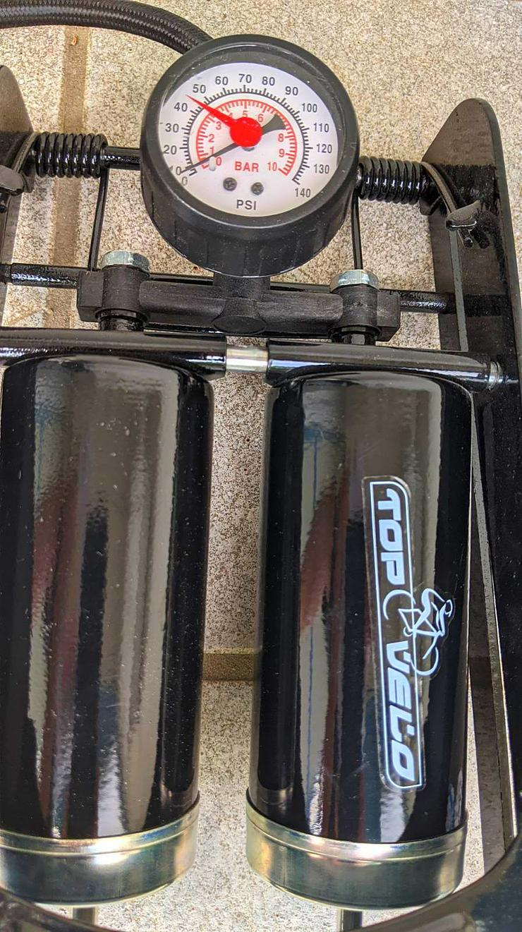 Fußpumpe mit integriertem Manometer - Weitere - Bild 1