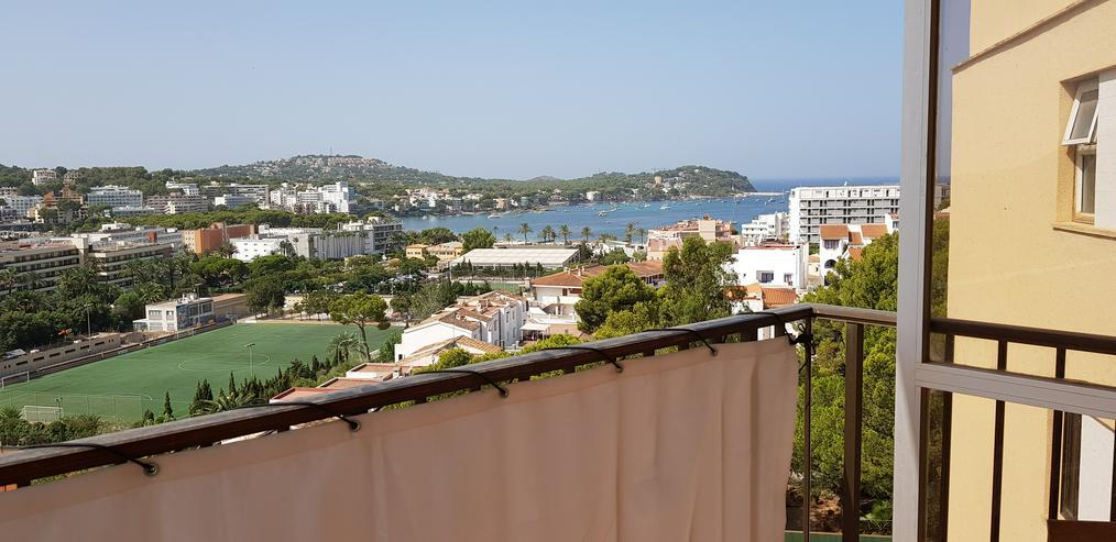 Schöne, ruhige 2,5-Zi-Wohnung in Mallorca Santa Ponsa, ca. 25 KM von der Hauptstadt Palma de Mallorca entfernt, mit großem Balkon, neue Einbauküche und neues Bad
