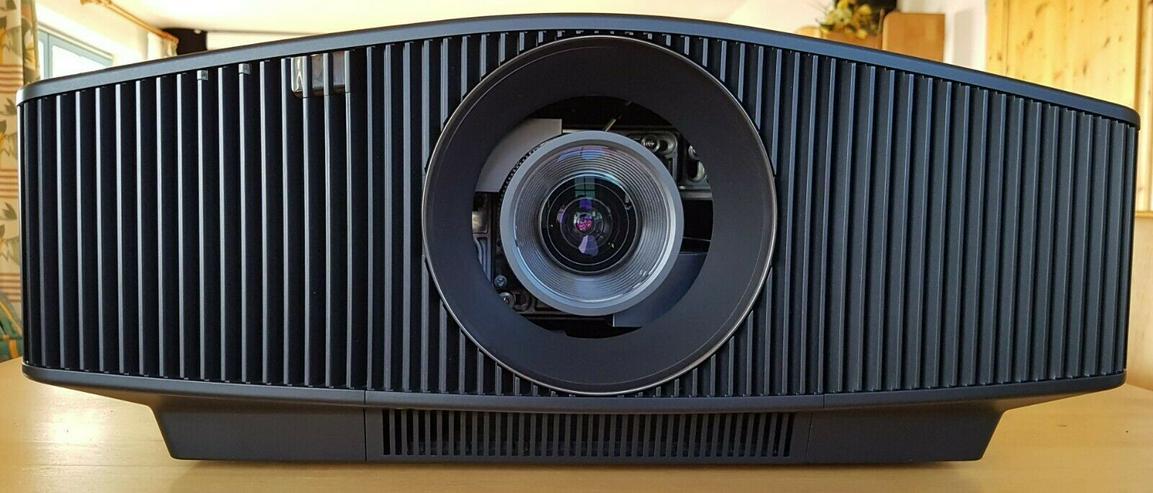 High End 4K Laser Projektor Sony VPL-VW760ES  - Video Recorder - Bild 1