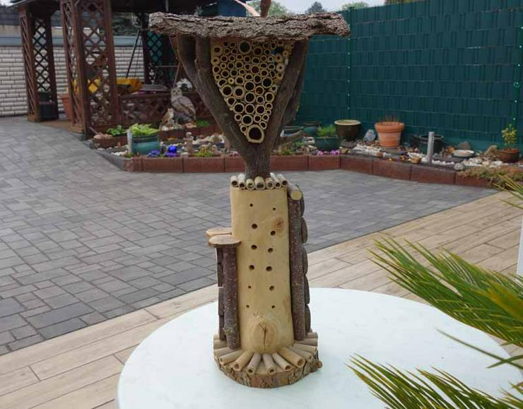 Dekoratives Insektenhotel Rondo, handgefertigt