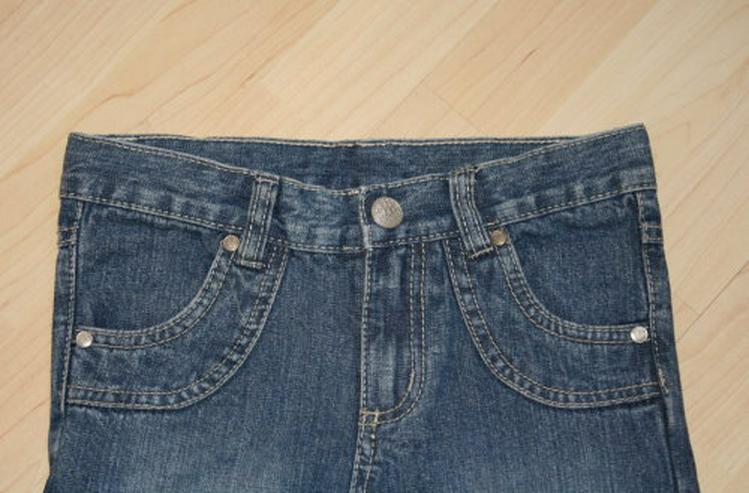 Bild 3: Mädchen Jeans Hose Herzen Kinder Jeanshose lang mit Herzaufnäher lange Kinderjeans blau Gr. 122 NEU