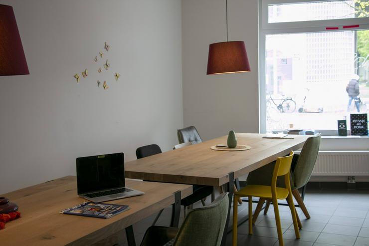 HOMEBASE - Ein MUCBOOK CLUBHAUS - Büro & Gewerbeflächen mieten - Bild 1